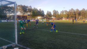 Marcus André Aslaksen header her inn sitt første mål i 4. divisjon.