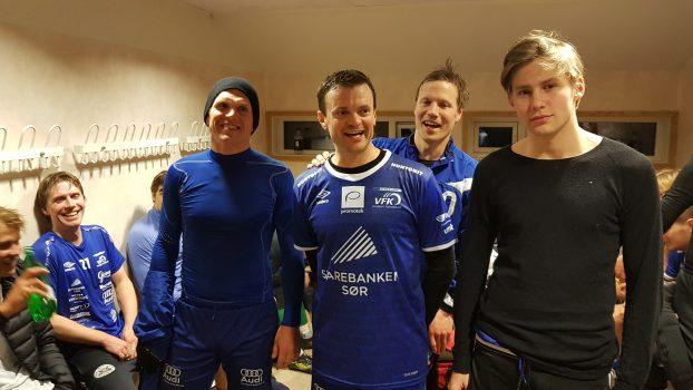 Jon Are Andreassen til høyre, ellers bare veteraner