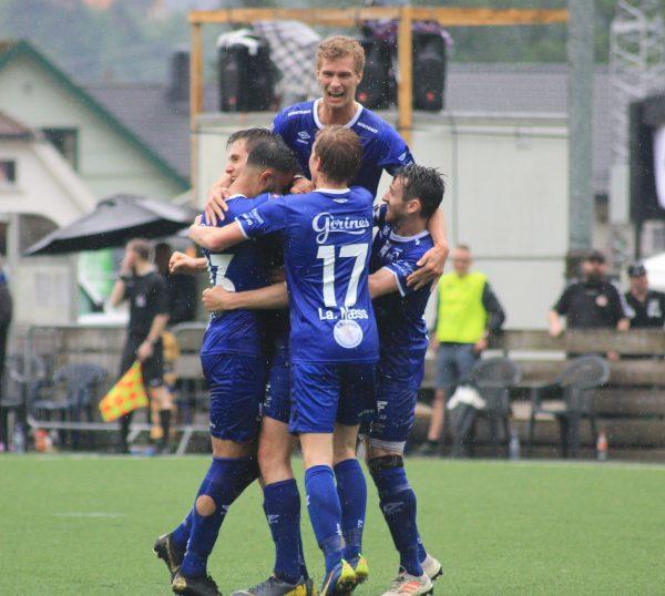 Vindbjart skal helt til Karmøy å spille fotball i 2020