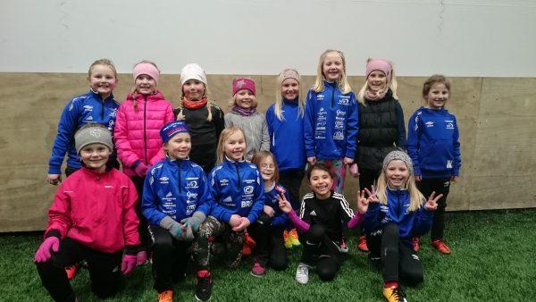 22 jenter på J8 er klare for sesongen 2018